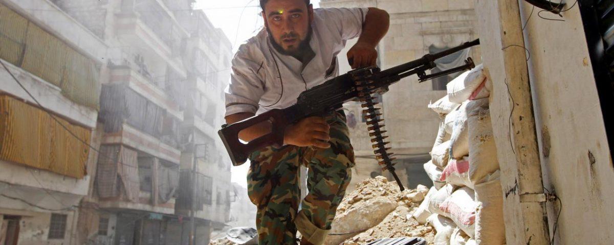 download 1200x480 - As caóticas 48 horas da batalha por Aleppo na Síria