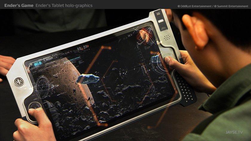 enders game holo tablet tempComp jayse hansen 1 - Como o Jogo de Ender previu uso de tablets nas salas de aula.